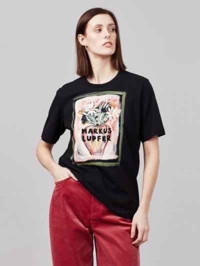 Painted Vase Alex Tee