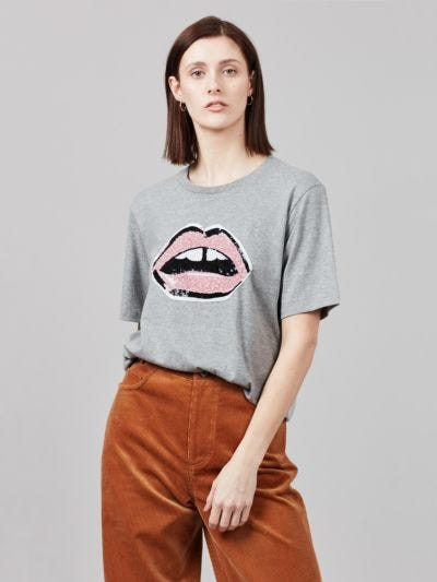 Cluster Sequin Lip Alex Tee